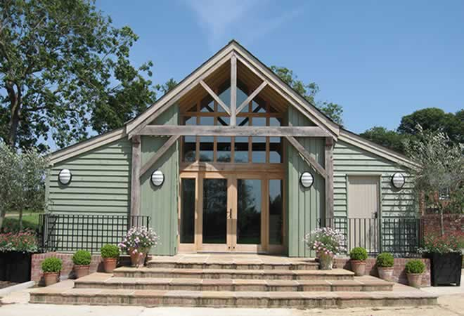 The Garden Barn is ideal for weddings, conferences, parties and exhibitions